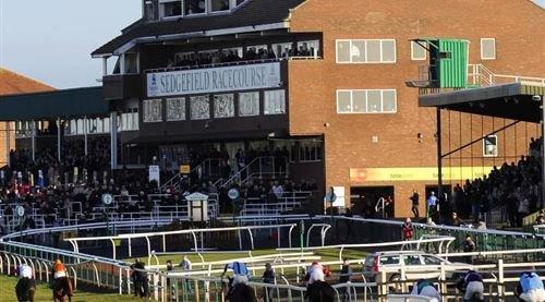 Stockton Kia Sponsors Sedgefield Racecourse