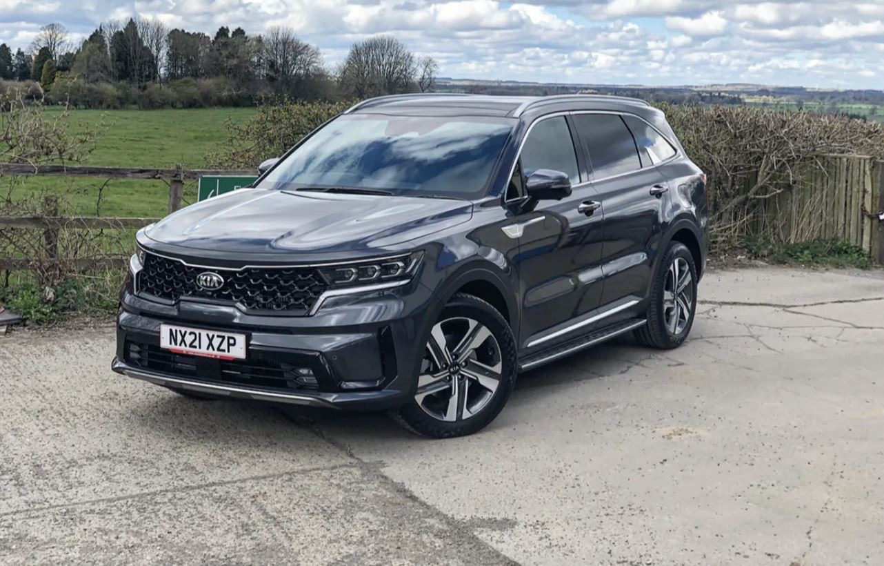"""Guest Blog: Danny Gee from Drive Tribe """"THE KIA SORENTO PLUG-IN HYBRID: A BIG, VERY FRIENDLY GIANT"""""""